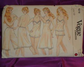 1980s 80s Vintage Lingerie Wardrobe Full n Half Slip Culotte Liner Teddy Camisole Bias Step In Panties COMPLETE Vogue 8219 Bst 32.5 US 83 CM