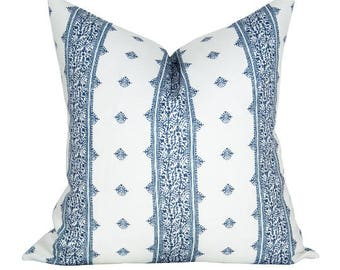 OUTDOOR - Fez pillow cover in Blue on White