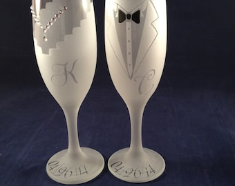 Bride & Groom Toasting Champagne Flutes,Etched
