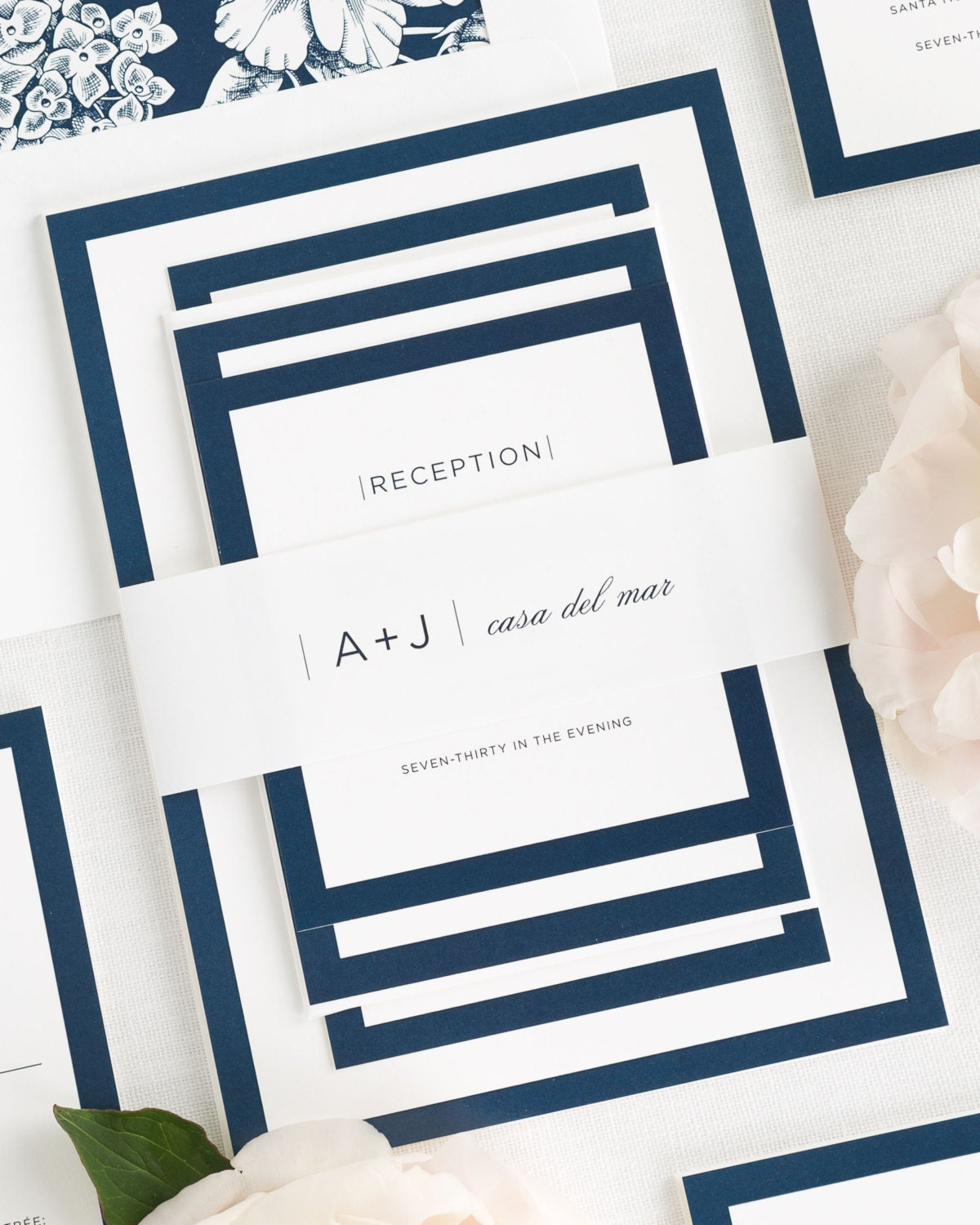 Contemporary Wedding Invitations: Sophisticated Modern Wedding Invitations Sample