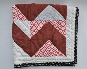 Chevron baby blanket - red quilt - alabama roll tide - gender neutral nursery - baby gifts for boys - baby boy blankets - baby boy gifts