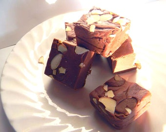 Julie's Fudge - AMARETTO & KONA COFFEE - One Pound