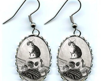 Witch's Cat Earrings Tabby Kittens Vampire Skull Gothic Fantasy Cat Art Cameo Earrings 25x18mm Gift for Cat Lovers Jewelry