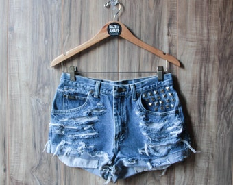 High waist vintage studded denim boyfriend shorts 31 waist | Ripped distressed shorts | Silver pyramid studded hipster festival shorts |