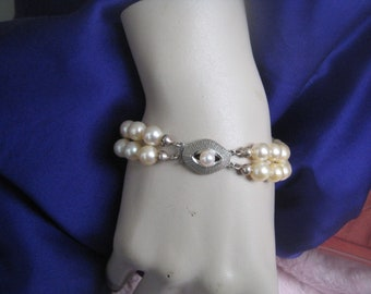 18k white gold, pearl bracelet. Sea Pearls ca. 1950