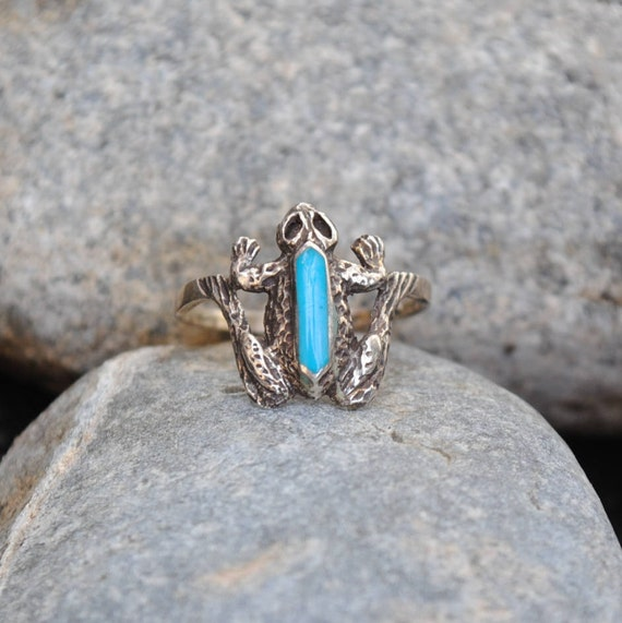 Frog ring, silver ring, vintage ring, animal ring, turquoise ring, native american jewelry, frog jewelry, animal jewelry, animals jewlery