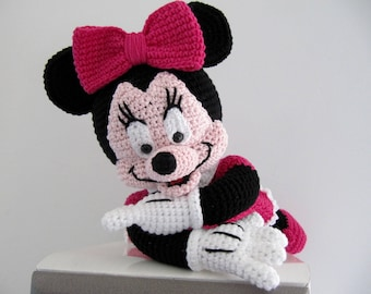 TO order Minnie mouse crochet