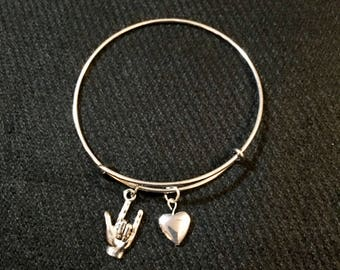 I love you ASL and heart charm with bangle bracelet