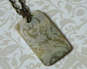 Victorian Scroll Rectangular Pendant Necklace - Moonlight