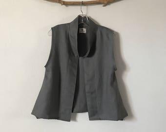 minimalist gray linen vest ready to wear size M / short length gray linen vest / petite linen vest/ size M vest / simple linen vest