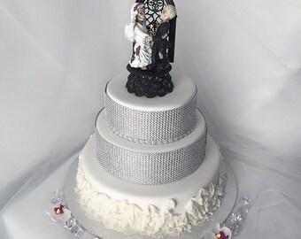 Halloween Wedding Cake Topper- Skeleton Bride and Groom Wedding Cake Topper- Skeleton Wedding- Halloween Topper- Graveyard Couple-
