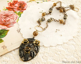 Upcycled vintage assemblage necklace / statement necklace / recycled jewelry / assemblage jewelry / flower necklace / reloved jewelry