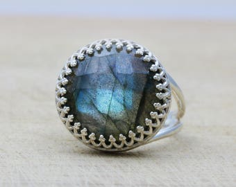 MOTHER'S DAY SALE - Labradorite ring,silver ring,blue ring,gemstone ring,wow ring,statement ring,everyday ring,birthstone ring