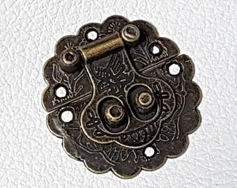 No.2 - 2 clasps diameter 40mm bronze box cardboard or box
