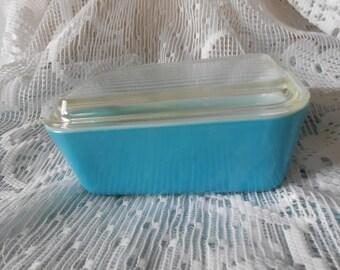 Vintage blue Pyrex Refrigerator Dish