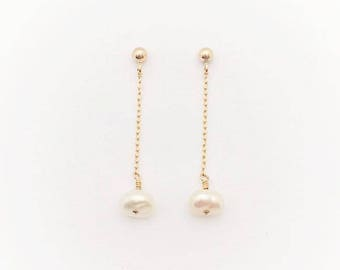 rondelle pearl earrings in gold