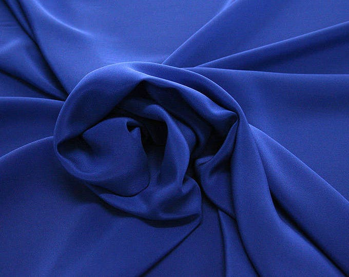 301141-crepe de Chine natural silk 100%, wide 135/140 cm, made in Italy, dry cleaning, weight 88 gr, price 1 meter: 45.38 Euros