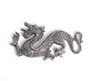 Dragon, vintage dragon, jewelry supply, jewelry making, jewelry findings, craft supplies, diy jewelry, costume jewelry, findings, supplies