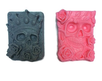 Skull Shaped Goats Milk Soap Bar / King & Queen / Unique Soaps / Artisan Soap