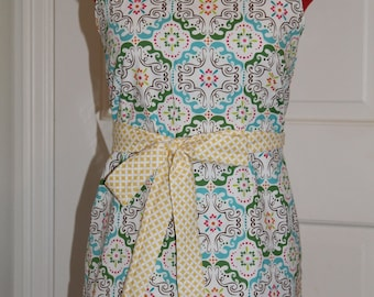 Easy Apron PDF sewing pattern for women, apron pdf sewing pattern, easy ruffle apron pdf sewing pattern for women