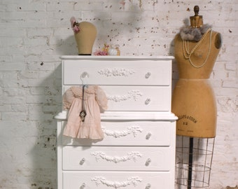 Painted Cottage Chic Shabby French Dresser CH951