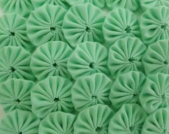 50 Light Green 1 inch  Fabric Miniature Yo Yos Applique Quilt Pieces Scrapbooking Embellishments