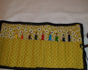 Crayon Rolls - Yellow with White Daisies