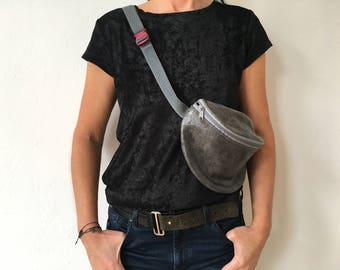 leather hip bag *grey