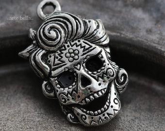 MARILYN .. 1 Mykonos Greek Sugar Skull Pendant/Charm 21x15mm (M159-1)