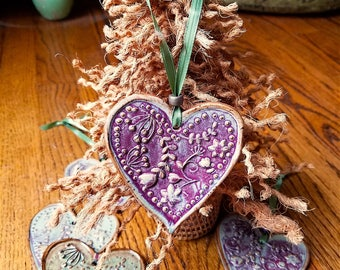 Heart shaped ornament   Garden of Flowers Design