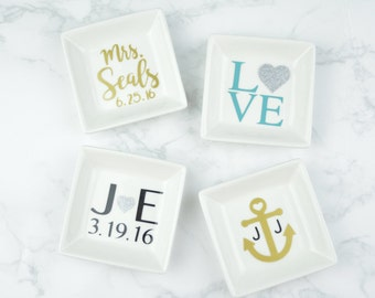 Personalized Ring Dish | Mr/Mrs | His/Hers | Love | Anniversary/Wedding Gift | Anchor