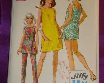 60s Vtg Mod Pullover Mini or Micro Mini Dress Cover Up n Tunic Scoop Back Neck Side Slits n Pants UNCUT Simplicity 7644 Bst 36 US 92 Cm EASY