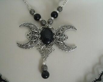 Goldstone Triple Luna diosa collar, joyería Wicca jewerlry pagana wicca diosa joyería bruja magia metafísica de brujería