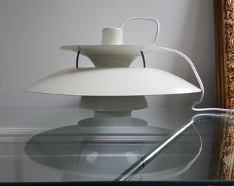 A vintage Poul Henningsen PH5 Pendant light for Louis Poulsen Denmark