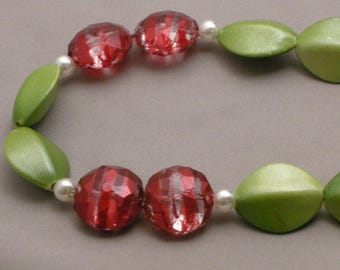 Holly and Ivy Jewelry Sets Red & Green