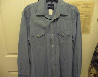 Wrangler Men's long sleeve Pearl Snap Western Shirt Distressed Denium Look Tall Long