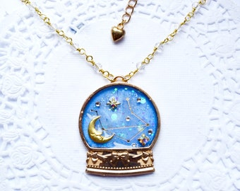 Dreamy Snowglobe Necklace