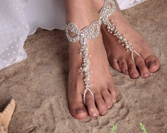 Beach Wedding Foot Jewelry, Foot Thong,Bare Foot Sandals, Bridal foot jewelry,Pearl and Rhinestone Beach Shoes, Bohemian Barefoot Sandals