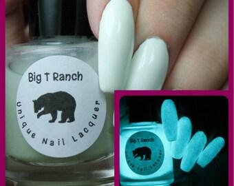 Glow-in-the-Dark Nail Polish Top Coat - Aqua - JUPITER - Nail Polish/Lacquer - FREE U.S. SHIPPING - Mom, Friend, Sister, Secret Santa
