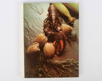 """AMERICAN COOKING: New England, Time Life Books, 1970, 208 Pgs., Hardback, Great VTG Cond., Clean, Some Outer Scuffs, 11 X 8-5/8"""" X 5/8""""."""