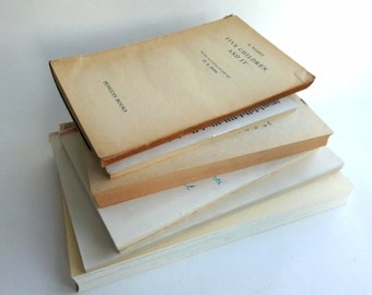 Vintage book inners/ Old book pages/ Scrapbooking and art journaling projects/