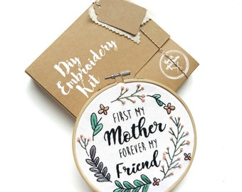DIY EMBROIDERY KIT - Quote - Mother's day gift - Embroidery kit - Modern embroidery - Hand embroidery kit - Gift- beginner - mom - mother