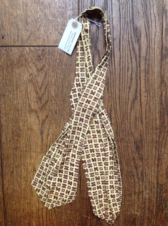 Vintage 1960s 60s Tootal cravat pale yellow paisley patterned mod northern soul made in England