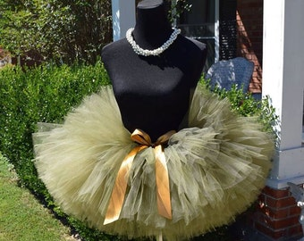 """Old Willow Adult Tutu for waist up to 34 1/2"""" great for Halloween, Birthdays, Dance and Bachelorette parties"""