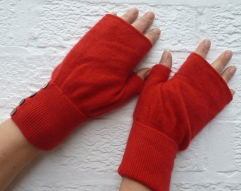 Ladies fingerless mittens red cashmere handwarmers womens mitts texting winter gloves handmade medium size eco-friendly fingerless gloves.