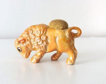 Vintage lustre ware lamb figurine pincushion | Made in Japan, kitsch porcelain figurine