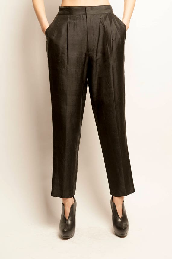 Betty's thaï silk black tack pants