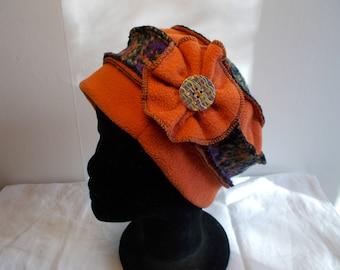Hat hat in orange fleece and multicolor wool