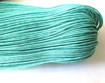 20 meters of 1.5 mm emerald blue waxed cotton thread