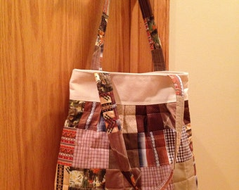 Quilted and Pleated Shoulder Bag. Wide Bottom. Canvas Lined. Brown.